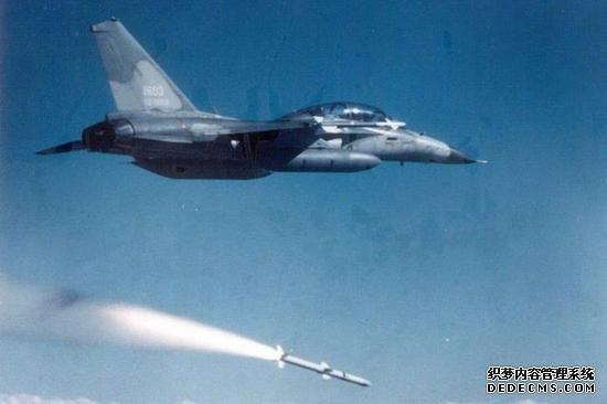 图为IDF战机射击剑二飞弹。(台媒图)