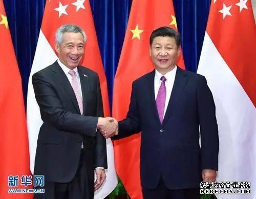 2017年9月20日,国家主席习近平在人民大会堂会见来华进行正式访问的新加坡总理李显龙。